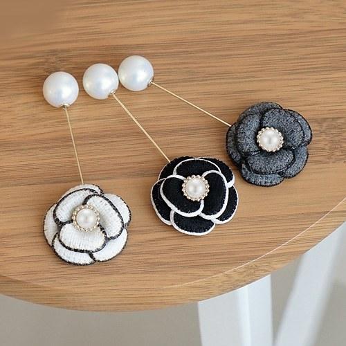 1045277 - <FI098_FH06> pearl temper rose brooch