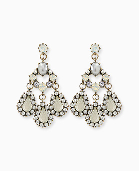 1045408 - <ER1233_S> [Out of stock] [clip type] white chandelier earrings