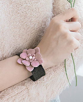 1045506 - <BC654_S> [Immediate out of stock] Flower day pearl bracelet