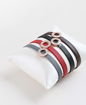 1045614 - <BC659_HB18> Mini round leather bracelet