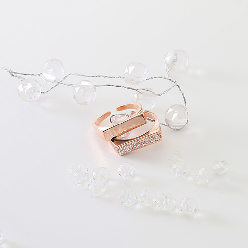 1045623 - <RI701_JA24> D line modern ring