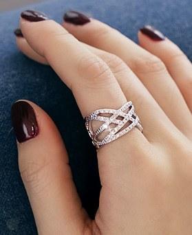 1045634 - <RI693_JE24> Cubic ring