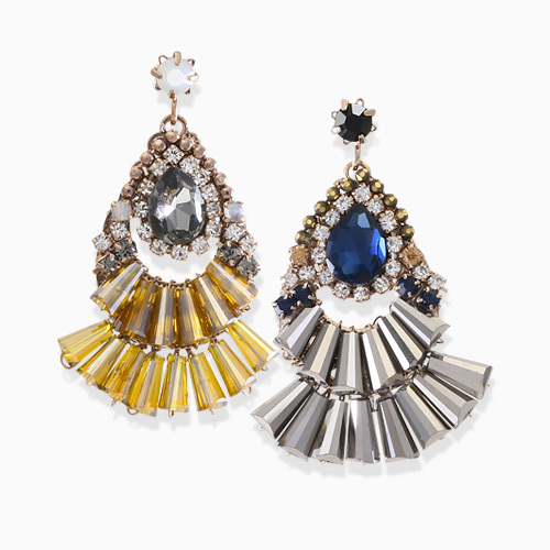 1045783 - <ER1354_GH09> [handmade] as woman woman earrings