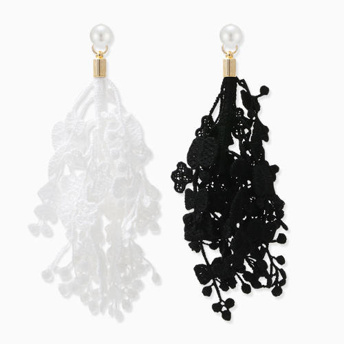 1045856 - <R1372_CA11> [Post Goods] [Silver Post] lace earrings