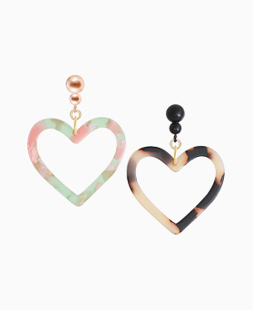 1045915 - <ER1395_S> [Silver Heart] Cellulose heart earrings