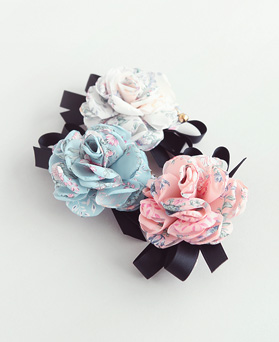 1045946 - <HA541_S> Silvia Flower hairpin