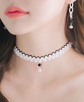 1045987 - <NE433_IE02> Remy choker necklace
