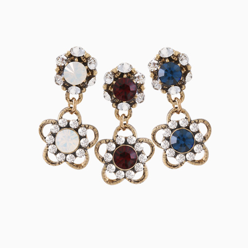 1046448 - <ER1448_IE11> harmonia antique Flower earrings