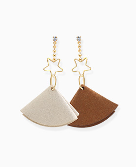 1046461 - <ER1531_CF13> Adora Flower earrings