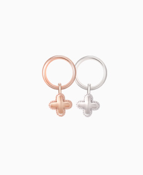1046468 - <ER1528_BG05> [Silver] Flyer clover earrings