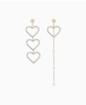 1046665 - <ER1565_CG07> [Silver Post] Ellen Unbalanced heart earrings