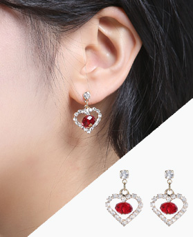 1046689 - <ER1584_GE15> Kelly heart earrings