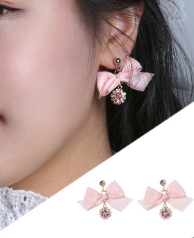 1046698 - <ER1588_CD21> [Silver Post] パ ー バ テ ィ ribbon earrings