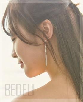 1046974 - <ER1664_DA13> [clip type] Bedelie chain earrings