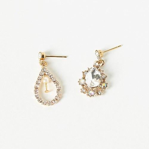 1047003 - <ER1697_IG09> Eileen Unbalanced Earrings