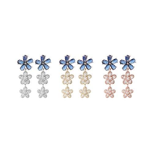 1046910 - <ER1660_DC09> Flower earrings in silver post