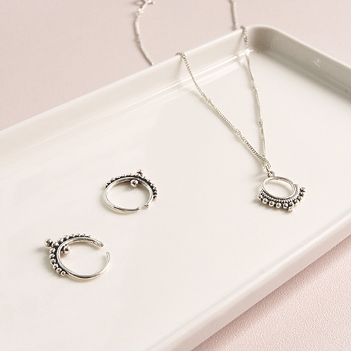 1047131 - <JS308_BD00> [earrings + necklace] [Silver] mana antique set