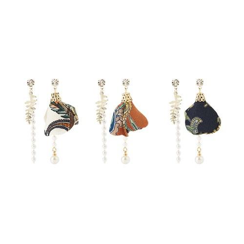 1047148 - [Silver Post] Unbalanced earrings