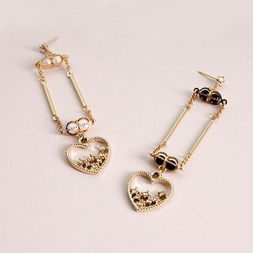 1047086 - <ER1746_DL18> [handmade] support heart earrings