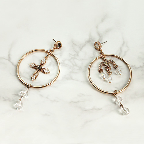 1047140 - <ER1736_CC19> [clip type] Gabriel drop earrings