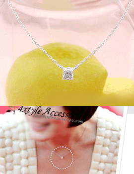 7037 - <SL022A-BD08> [Silver] Mini cubic point necklace