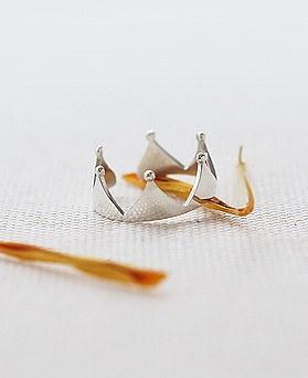 1044382 - <RI573_JJ14> [Silver] sweet tiara ring