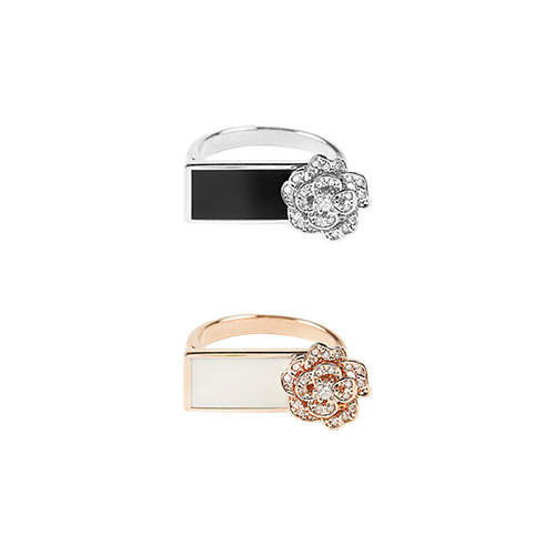 1047440 - Rosario Flower free ring