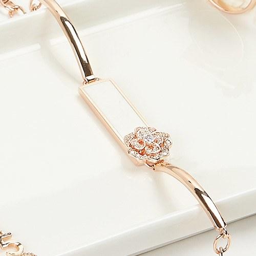 1047441 - Rosario Flower bracelet