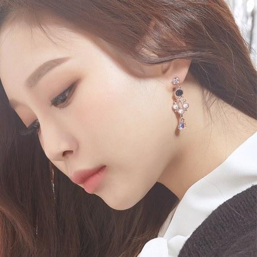 1047530 - <ER1867_CA12> [clip type] joy cubic earrings