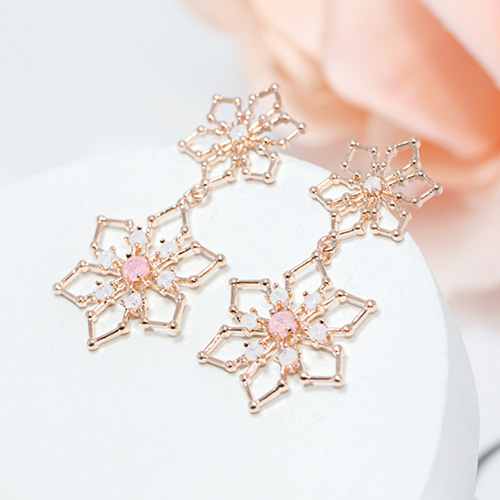 1047581 - <ER1928_DL07> Philo Flower earrings