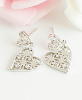 1047611 - <ER1934_DC11> AED heart cubic earrings