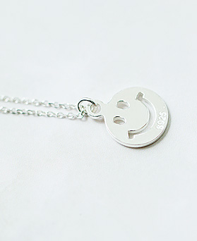 1047746 - <NE539_BA07> [Silver] smile day necklace