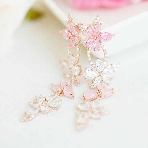 1047750 - <ER1962_CE18> Promise crystal Flower earrings