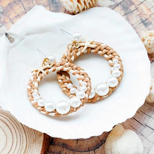 1047934 - <ER1997_CF23> Laura Ratan pearl earrings