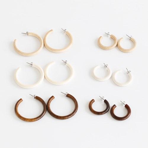 1047953 - <ER2006_CD24> daily basic wood ring earrings