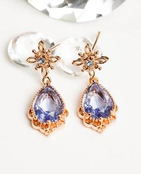 1047987 - Ionic crystal earrings
