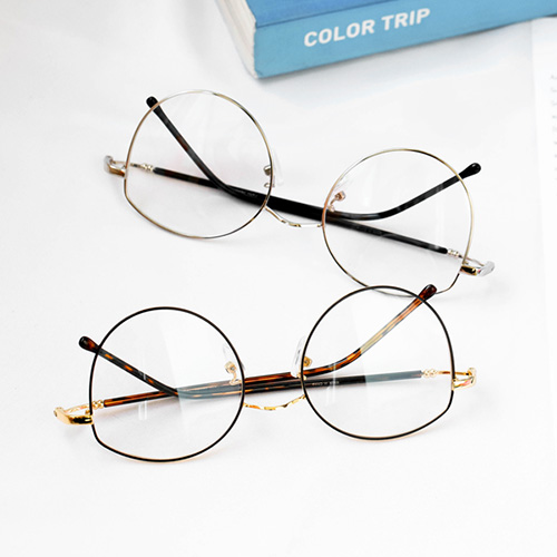 1047999 - <FI158_CA00> Easy slim glasses