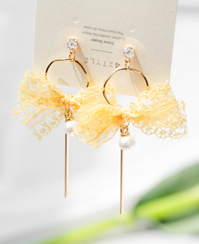 1048022 - <ER1995_CF22> [clip type] mari lace ribbon earrings