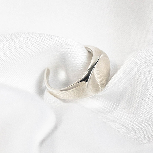 1048305 - <RI851_AD02> [little finger] [Silver] bold round ring