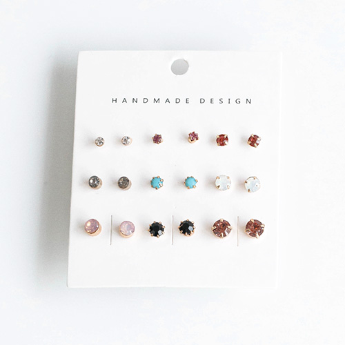 1048374 - <ER2069_CD19> [18Piece 1set] Color point cubic earrings