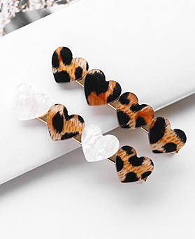 1048381 - <HA711_FA08> [2Piece 1set] Leopard heart index pin