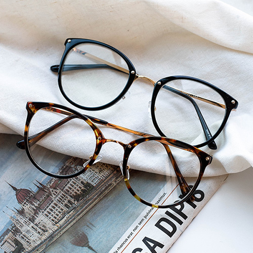 1048401 - <FI162_CA00> Today simple glasses