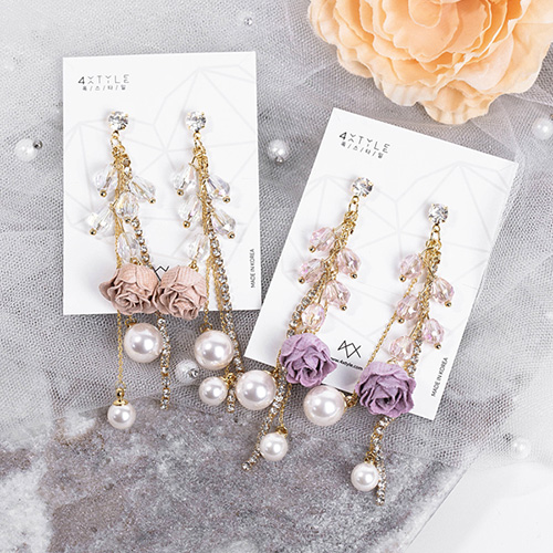 1048416 - <ER2074_CC21> [clip type] [Handmade] Vieta Flower long earrings