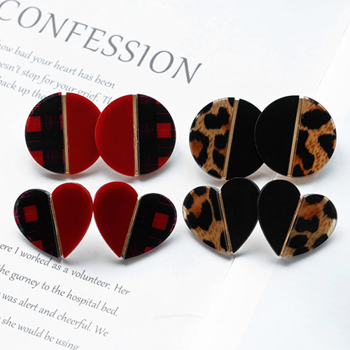 1048532 - <ER2097_CD14> Patterns half earrings