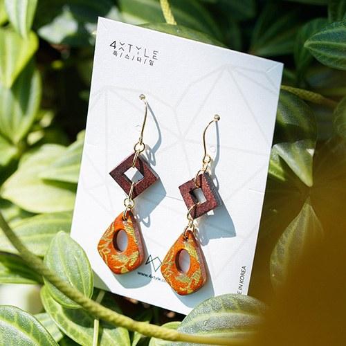 1048550 - <ER2089_DC01> [spring] [handmade] natural wood earrings