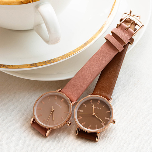 1048564 - <WC128_BE10> Mod leather watches