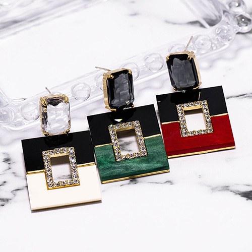 1048567 - <ER2101_CG22> [Silver Post] Mardel square earrings