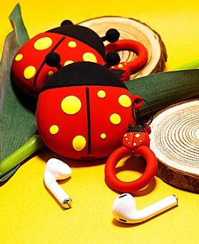 1048582 - <AP0346> Ladybug airpod case