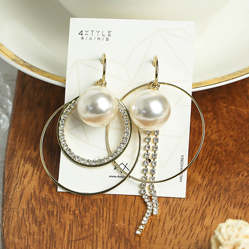 1049005 - <ER2160_CF11> Sophie pearl Unbalanced earrings