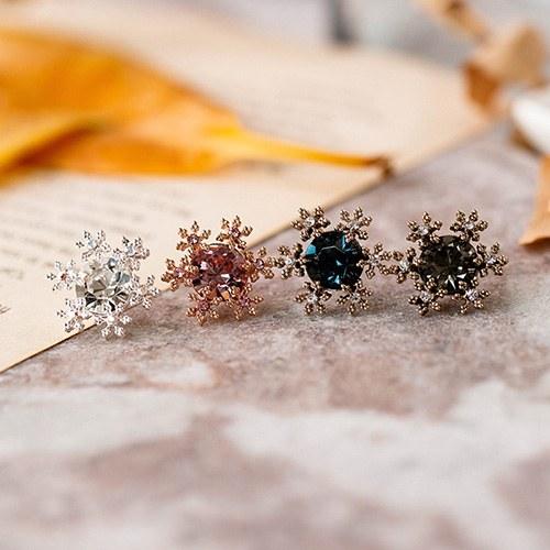 1049053 - <ER2150_DB10> [clip type] mari snow Flower earrings
